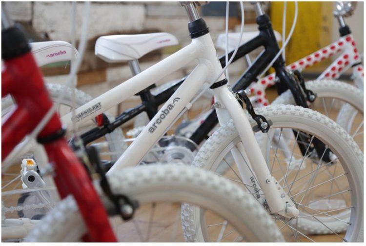 arcobagraphic16インチ18インチ子供用自転車3